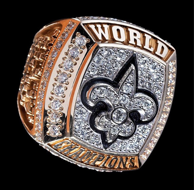 New Orleans Saints 2010 Super Bowl Championship ring to be auctioned Dec. 3. Image courtesy of LiveAuctioneers and Neal Auction Co.