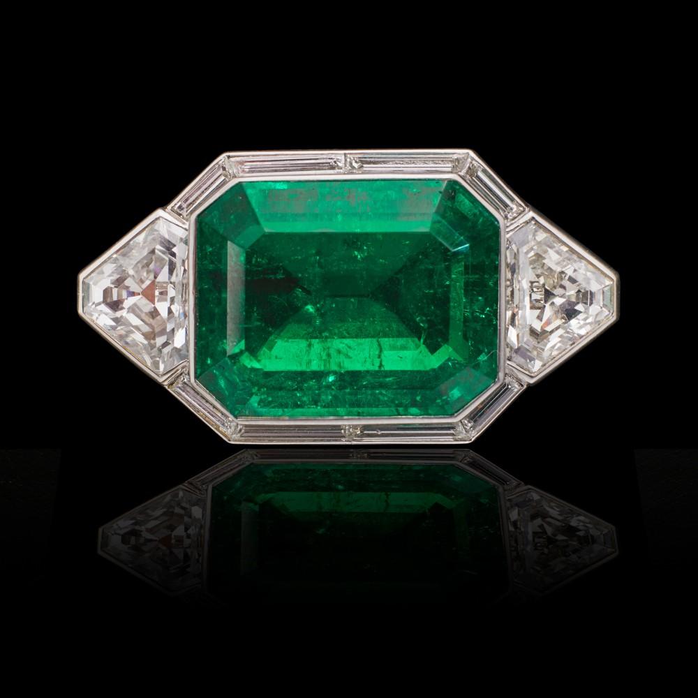 29-carat-colombian-emerald
