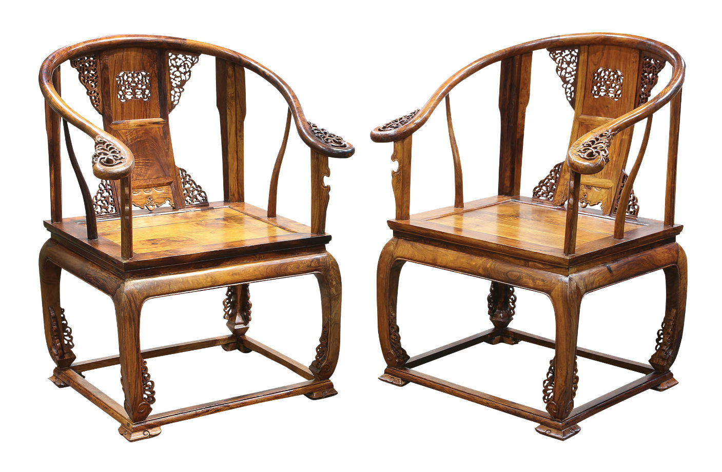 This Pair Of Huanghuali Horseshoe Armchairs Is Expected To Achieve  $35,000 $55,000. The Lot