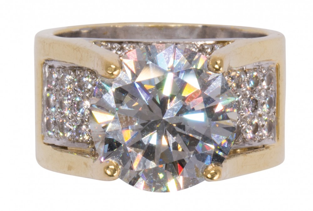 diamond-and-18kt-ring
