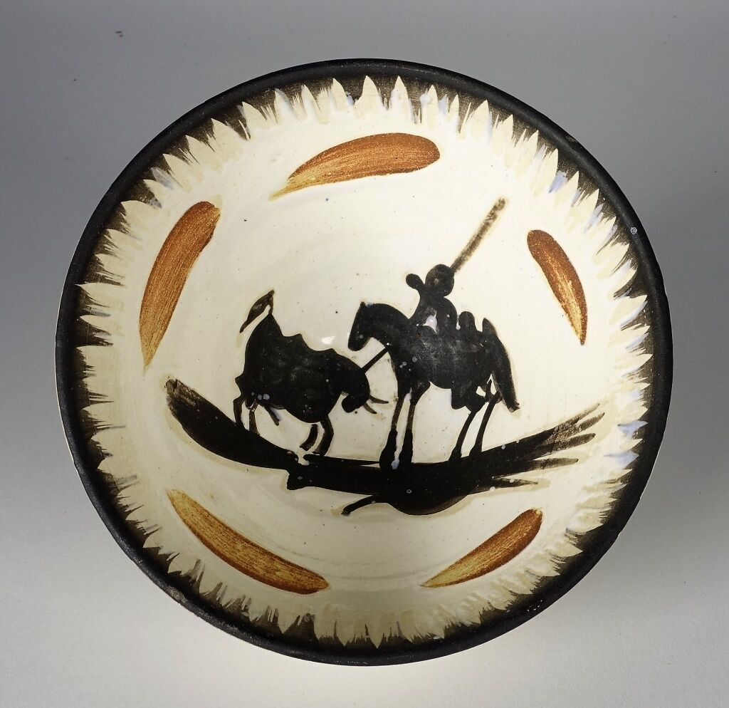 Madoura pottery partial glaze bowl by Pablo Picasso (Spanish, 1881-1973), titled 'Picador' (est. $1,500-$2,000). Bruneau & Co. Auctioneers image