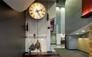 courthouse clock