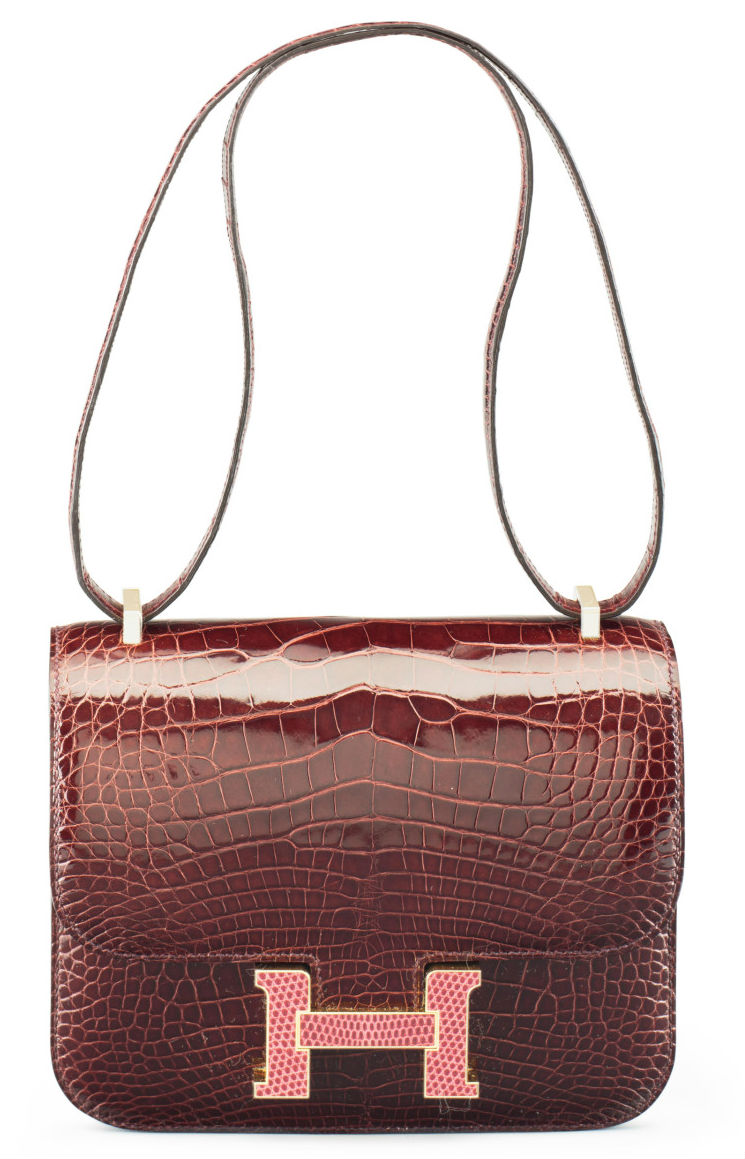 cf2b220dff4f This 18cm Constance Marquetry model suits the fashion trend for a smaller  bag