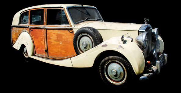 Capo to auction rare 1950 Rolls-Royce, fine art & furniture, Aug. 26