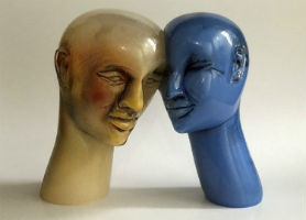 National Liberty Museum makes 60 art glass lots available through LiveAuctioneers Oct. 7