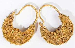 Millennia-old gold jewelry comprises Leclere auction Oct. 6