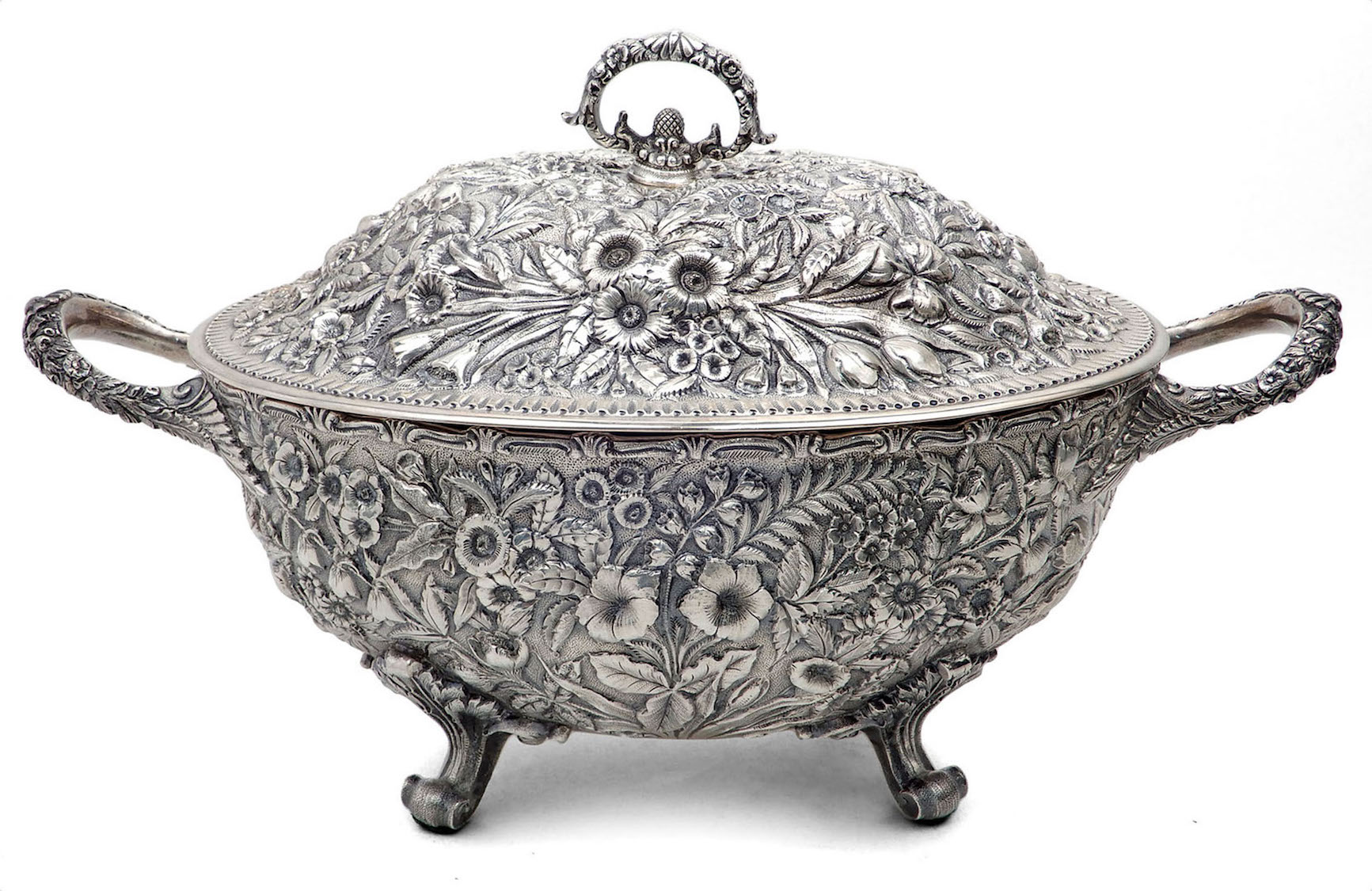 Superb estate antiques, fine jewelry, art lead Stephenson's Jan. 1-2 auction