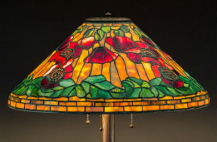 Tiffany lamps lead off Heritage Auctions art glass sale May 16