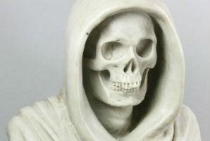 Italian marble skull shocks Kaminski Auctions at $29K