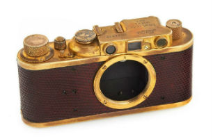 Leica cameras: image of perfection