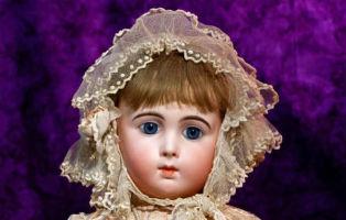 Jumeau bebe dolls: artistry plus craftsmanship