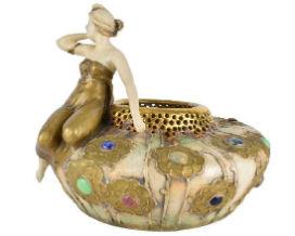 Kodner Galleries features Amphora Teplitz collection Nov. 28