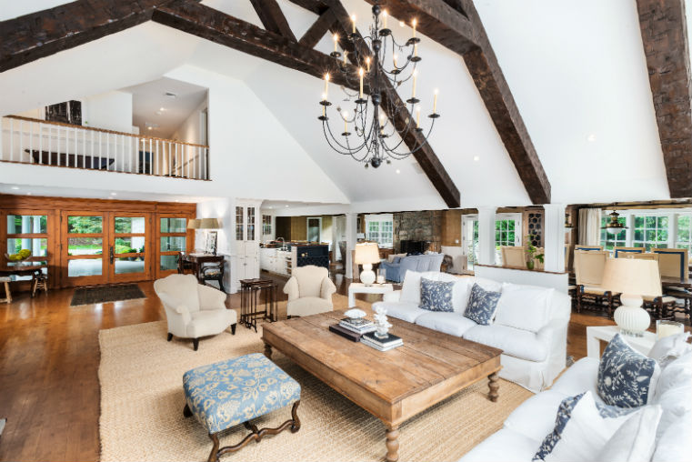 estate furnishings