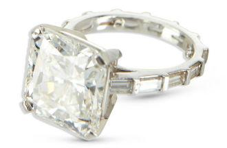 Diamond ring tops $103K at Miller & Miller auction