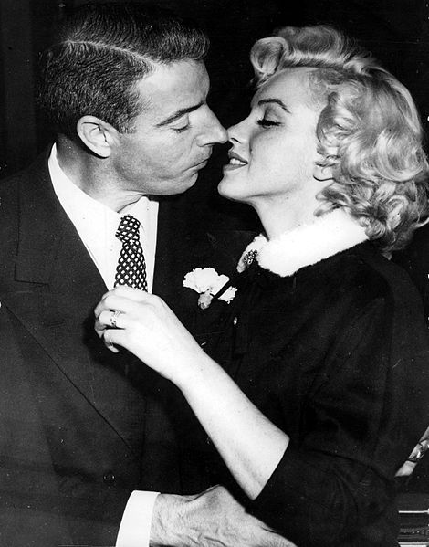 Dress Marilyn Monroe wore to announce DiMaggio split to be auctioned