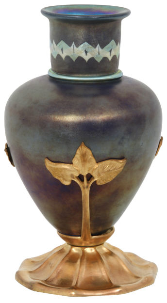 Among fine Tiffany Studios highlights in the sale is this Tel El Amarna vase ($4,000-$6,000). Fontaine's image