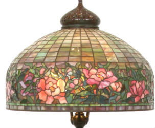 Tiffany, Pairpoint lamps in high demand at Fontaine's sale