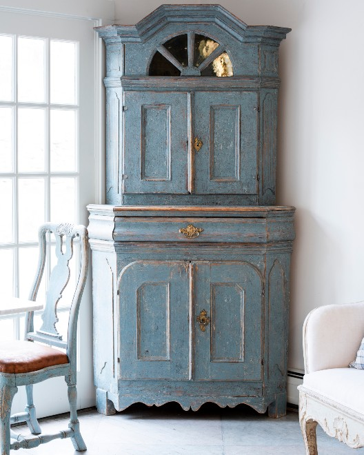 Antique Swedish Furniture Suits All Decors