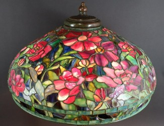 Tiffany lamps drive Clarke Auction to $1M tally