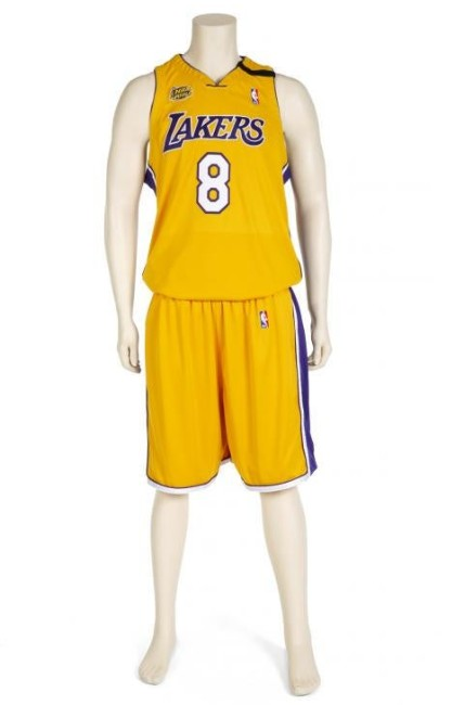 Kobe Bryant items to star in Julien's auction April 30