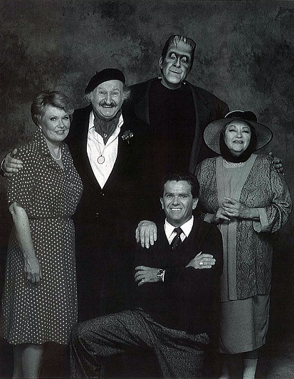 Actor Butch Patrick had a cameo in the 1995 TV movie 'Here Come The Munsters'