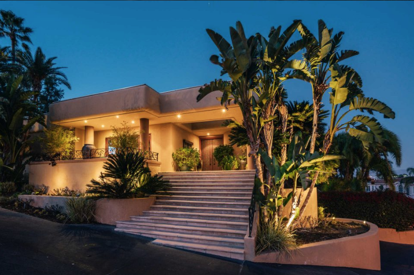 Tommy Lee's Calabasas hilltop home on the market for $4.59M