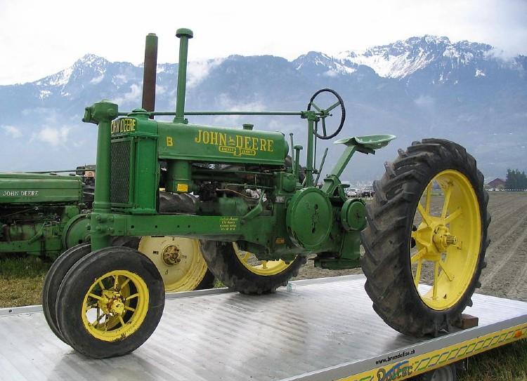 Tractor returns