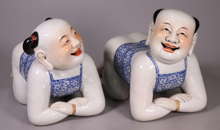 Chinese porcelain pillows: 'cool' headrests