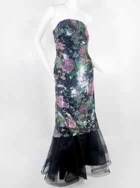 Space Lace, stars' No. 1 source for vintage designer fashion, to host Dec. 4 online auction