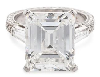 Diamond rings lead Hindman $2.1M fine jewelry sale