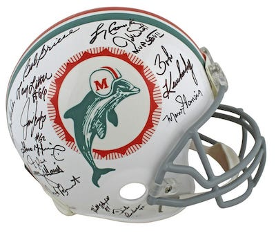 Top-notch football memorabilia offered in Feb. 11 Charitybuzz auction