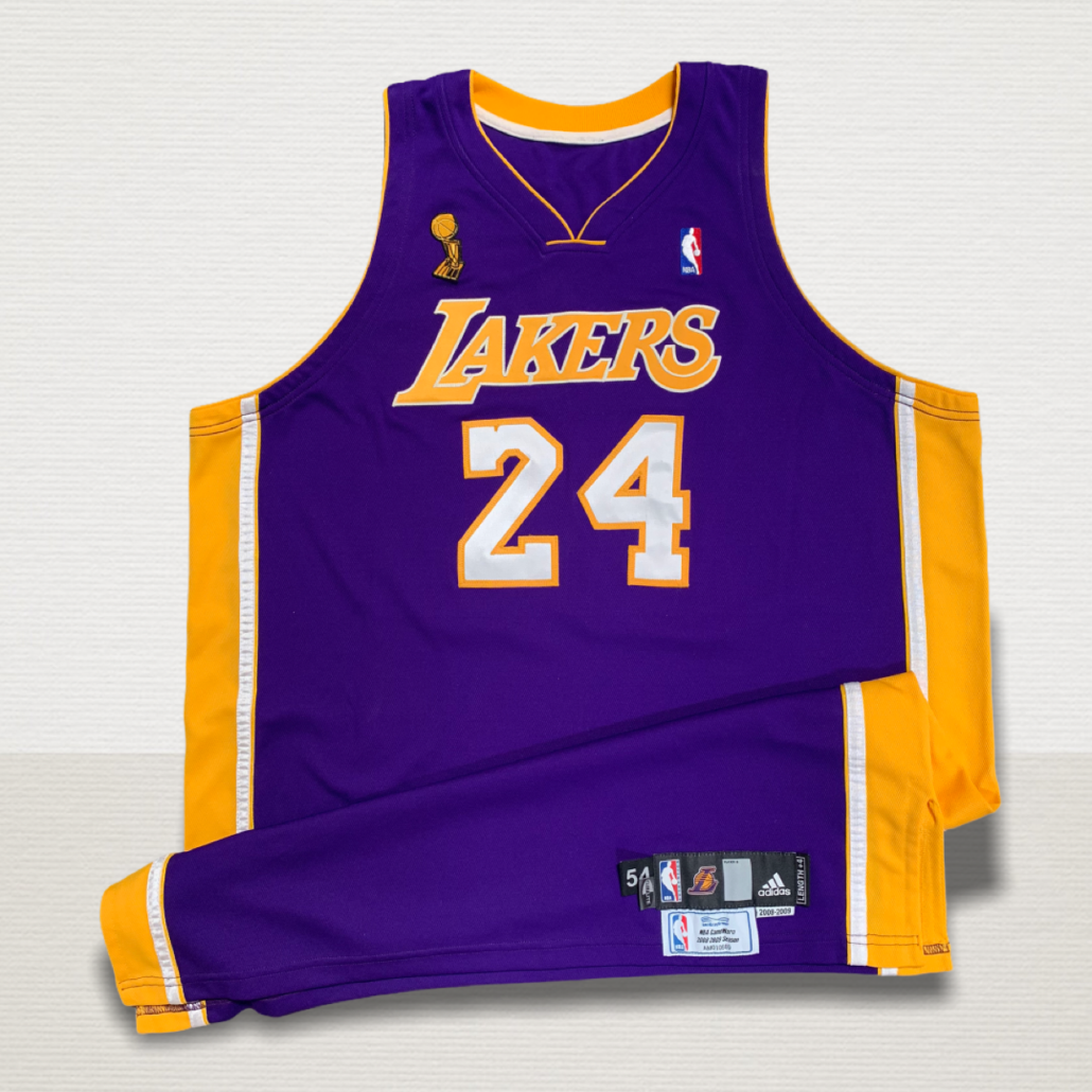 Kobe Bryant game-worn jersey sells for record $337,334