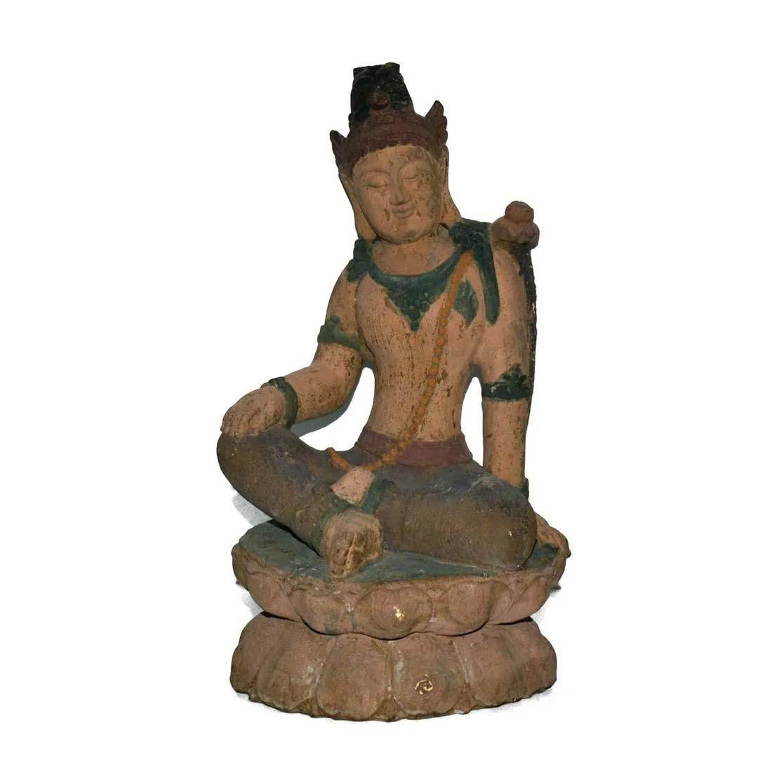 Polychrome painted wood figure of Bodhisattva $3,000-$4,000. Image courtesy Gianguan Auctions