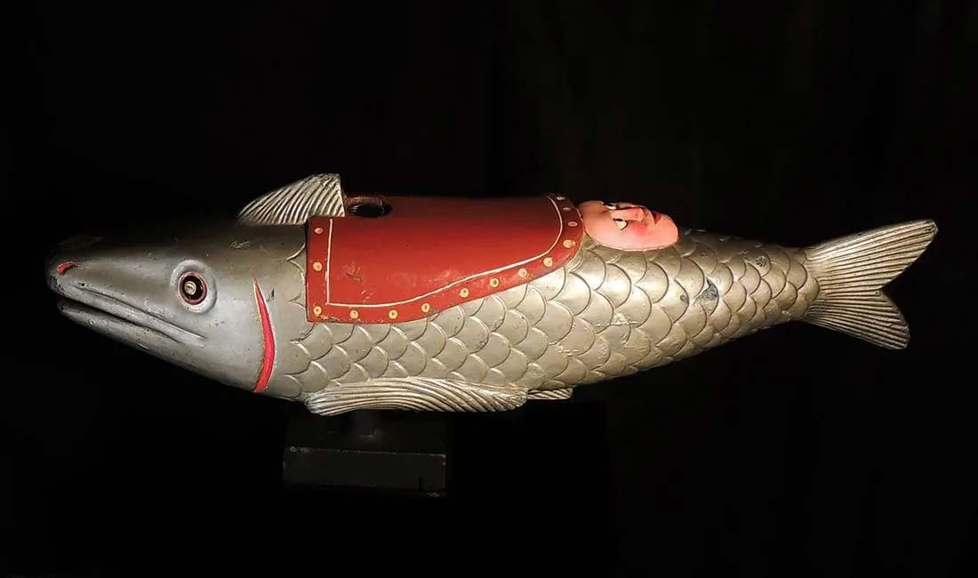 Toddlers fish carousel figure, early 1900s, $2,600-$9,500. Image courtesy Jasper52
