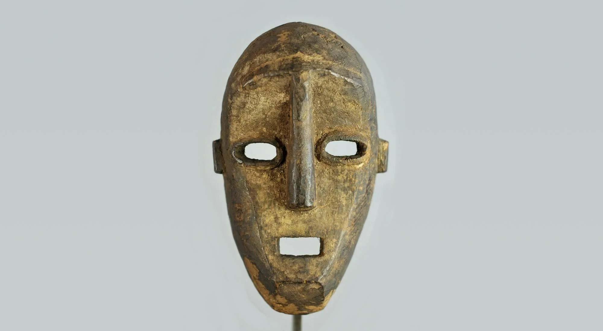 Unique tribal art leads latest Jasper52 auction