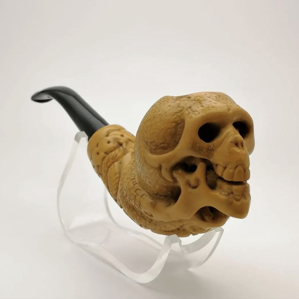 Skull and snakes Meerschaum pipe, estimated at $150-$200