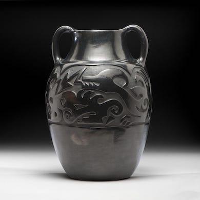 Santa Clara blackware: rooted in Native American tradition