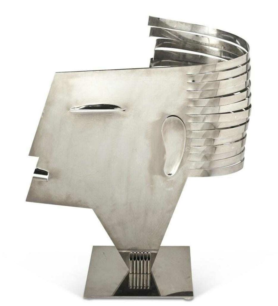 Franz Hagenauer, 'Female Head,' estimated at $5,000-$7,000. Courtesy of Doyle New York Images Ltd 2021