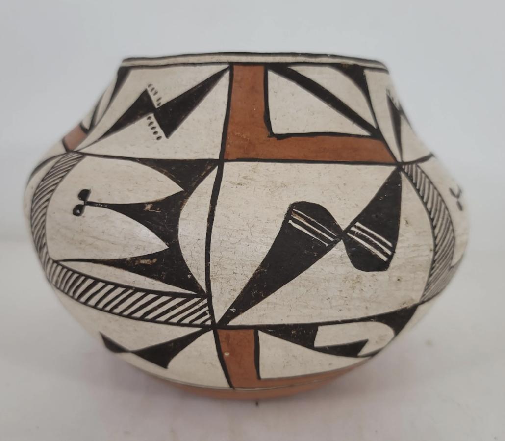 Circa-1940s Acoma Pueblo coiled pottery jar, estimated at $650-$850