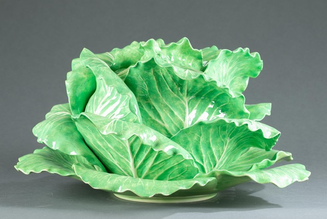 Dodie Thayer lettuce ware tureen including bowl, lid, and underplate, estimated at $3,000-$5,000