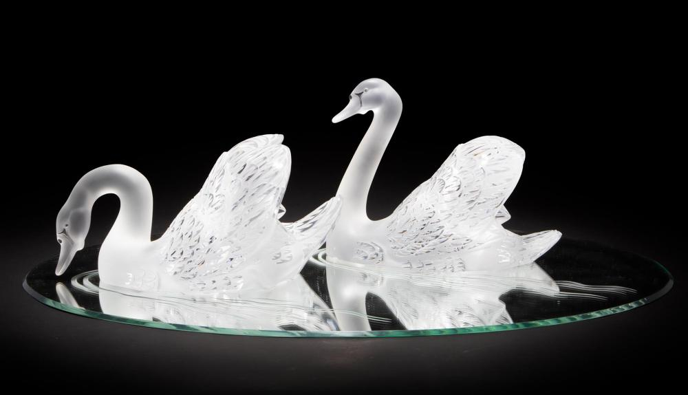 Lalique art glass swans, which sold for $2,812