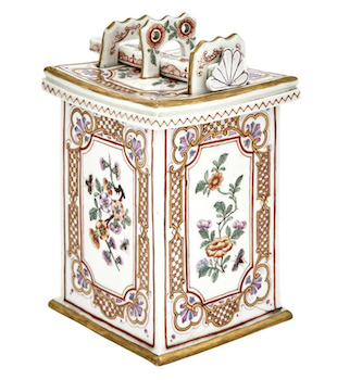 Doyle hosts exceptional single-owner porcelain collection June 24