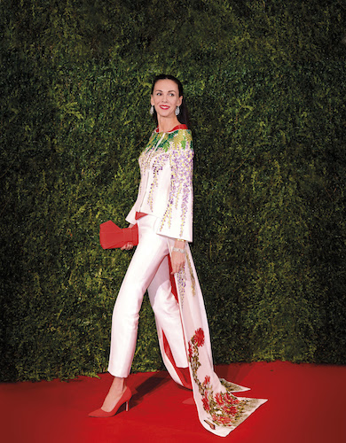 Online auction of L'Wren Scott fashions to fund scholarship in her name