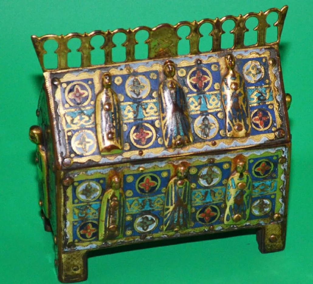 An elaborate Middle Ages chasse-style reliquary sold for $12,000 plus the buyer's premium in 2017 at Applebrook Auction.
