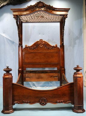 Stevens presents grand Victorian furniture & decoratives, July 31