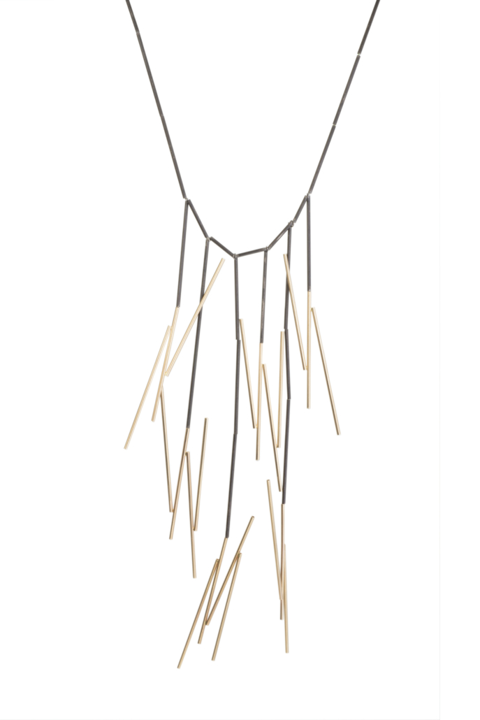 Gold and silver necklace by Betty Cooke, 2014. Copyright John Dean 2020. Courtesy of the Walters Art Museum.