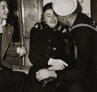 Cleveland exhibitions capture 20th-century New York's gritty side