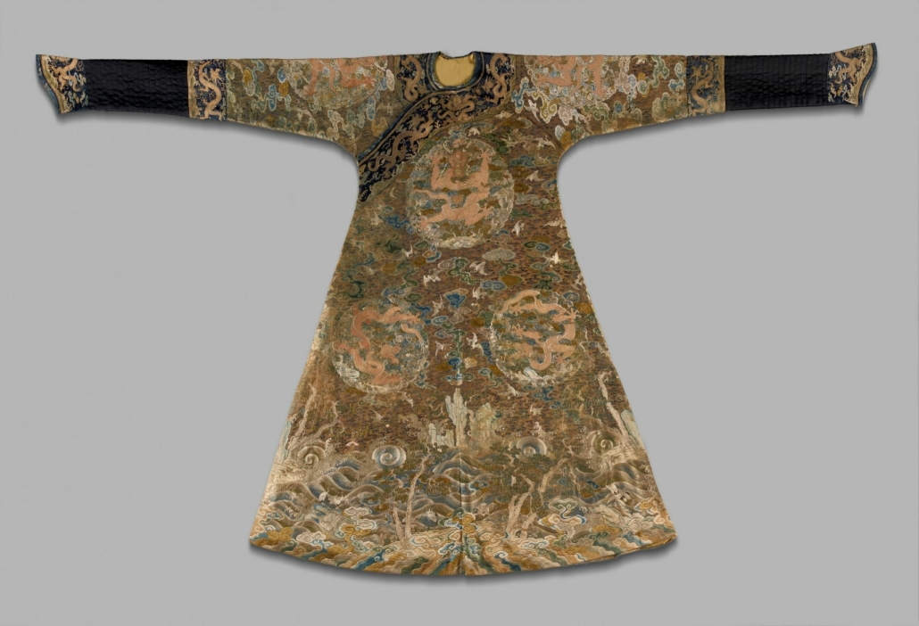 One Hundred Cranes Imperial robe, Chinese, late 17th-early 18th century Qing dynasty (1644–1911). Embroidered damask, 57 7/8 x 91 inches. Purchase: William Rockhill Nelson Trust, 35-275. Photo © 2018 The Nelson Gallery Foundation: Gabe Hopkins.