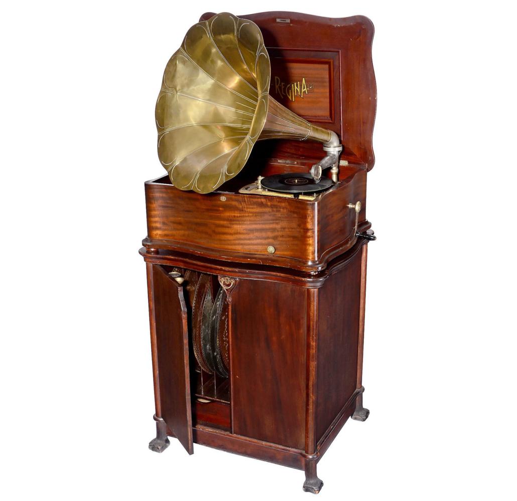 Circa-1905 Reginaphone, est. €10,000-€12,000