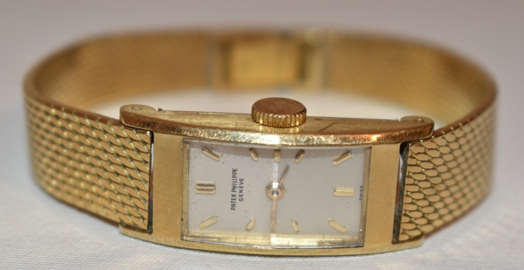 Circa-1960 Patek Philippe 18K yellow gold ladies' wristwatch, est. $100-$1,000